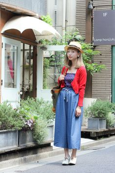 SHIHOMI wearing used and vintage pieces in Harajuku | Fashionsnap.com
