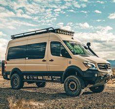 Sprinter Camper, Benz Sprinter, Off Road Camper, 4x4 Off Road, Ambulance, Sprinter Van Conversion, 4x4 Van, Cool Campers, Four Wheel Drive