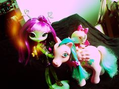 Novi Stars Alie with her pet and G1 My Little Pony Wave Runner