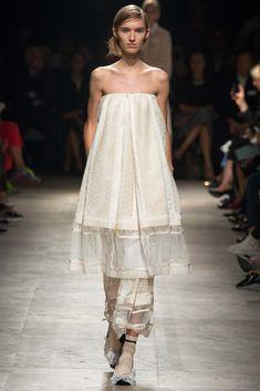 Rochas Spring 2015 Ready-to-Wear Fashion Show - Manuela Frey (Elite)