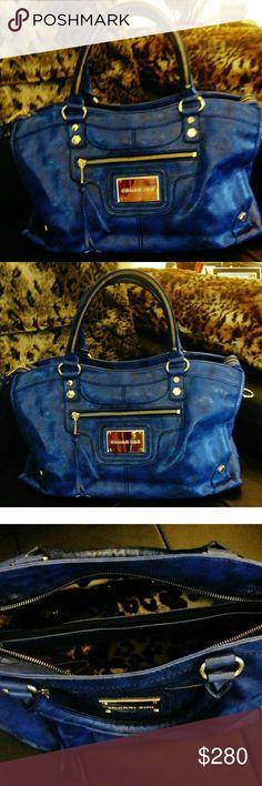 Authentic Gianni Bini bag Authentic Gianni Bini bag Gianni Bini Bags Shoulder Bags