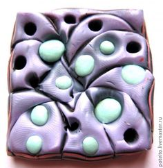 """Mokume Gane - interesting pictures of inserts and pad. (Translate). This technique does not have to be """"random"""" - there is a lot of predictability to how the clay moves. ~ Polymer Clay Tutorials"""