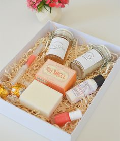 The perfect present for your bridesmaid. A mini spa treatment!
