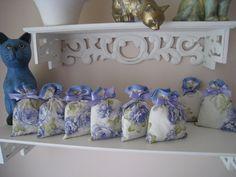 8 sacs de lavande parfumée pour vos armoires : Autres sacs par annie-cousinette