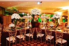 Fiesta de cumpleaños temática. Venecia, eventos ADRIANA SATIZABAL &. Metropolitan, Table Decorations, Home Decor, Socialism, Themed Birthday Parties, Venice, Flower Vases, Mesas, Decoration Home