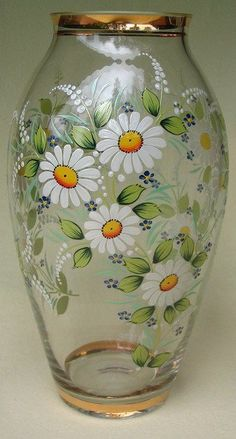 Discover thousands of images about Daisy Hand painted vase - Painted Glass Bottles, Painted Vases, Painted Wine Glasses, Hand Painted, Glass Painting Patterns, Glass Painting Designs, Glass Bottle Crafts, Bottle Art, Flower Bottle