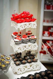 Festaria Festas e Festas Provençais: Festa Zebra com vermelho
