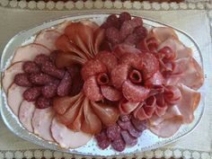 Fleischgericht, in 2020 Deli Tray, Meat Trays, Meat Platter, Finger Food Appetizers, Finger Foods, Party Food Platters, Mini Sandwiches, Food Carving, Sandwich Cake