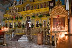 interior-of-russian-orthodox-church