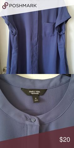 8c5edc1b69b7 Shop Women s Simply Vera Vera Wang Blue size Blouses at a discounted price  at Poshmark. Description  Beautiful Simply Vera VeraWang Blouse Size worn  maybe ...
