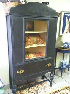 RETRO 1940s CHINA CABINET ~ PAINTED with ANNIE SLOAN PAINT ~ STUNNING!! | eBay