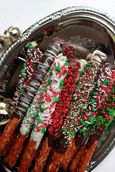 Annie's City Kitchen: Chocolate Covered Pretzels