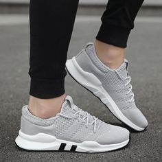 20c46fadfdd Breathable Running Shoes for Man Black White Sport Shoes Men Sneakers  Zapatos Corrientes De Verano Red Chaussure Homme De Marque