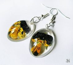 Oválne náušnice so sirôtkami crystal resin earrings with flowers