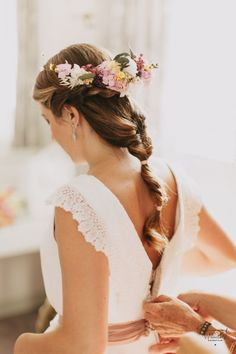 Peinados estrella de la temporada - It's My Valentine Pelo Princesa Disney, Trends, Braided Hairstyles, Floral, Marie, Hair Styles, Photos, Fashion, World