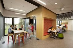 Image 6 of 21 from gallery of Caulfield Grammar School / Hayball. Photograph by Dianna Snape Grammar School, Learning Spaces, Learning Environments, University Of Melbourne, Mechanical Design, Master Plan, Education, Gallery, Projects