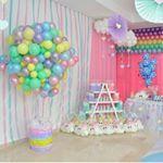 """30 Me gusta, 1 comentarios - Kiut Party (@kiutpartybq) en Instagram: """"Cumpleaños # 1 de #ValentinaTriana Tema: Lluvia de Amor ☔️ Decoración y ambientación: Melissa…"""""""