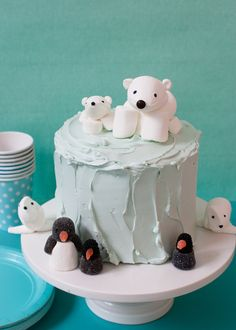 Arctic cake with marshmallow creatures!