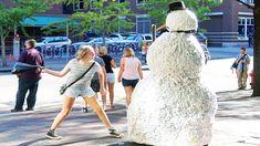 Scary Snowman Hidden Camera Practical Joke US Tour 2016 * Over 100 Reactions - Hahaha Prank Funny Prank Videos, Funny Pranks, Funny Jokes, It's Funny, Funny Stuff, America Movie, Optical Flares