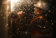 Yapımına 2004'te başlanan Marmaray Projesi'nde inşaat çalışmalarının yüzde 95'i tamamlandı. 29 Ekim'de açılması planlanan Marmaray'ın ilk test sürüşünün ise 1 Ağustos'ta yapılması planlanıyor.