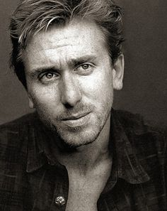 Tim Roth.  Isn't this the guy from Lie To Me?  I loved him in that!  So sad it was cancelled.