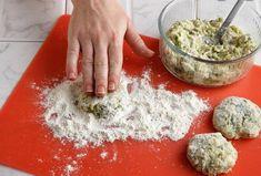 5 Ιδέες για να μαγειρέψεις σήμερα! | ediva.gr Coconut Flakes, Palak Paneer, Spices, Ethnic Recipes, Food, Eat, Drink, Spice, Beverage