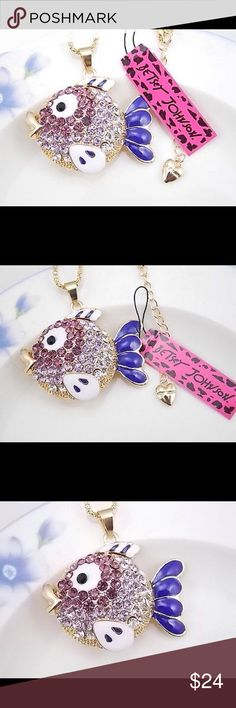 BETSEY JOHNSON ❤️ NECKLACE Betsey Johnson Fashion Jewelry cute fish crystal fish pendant necklace # F381B.  New, never worn, in original packaging.  NWT.  FUN ARTWEAR Betsey Johnson Jewelry Necklaces