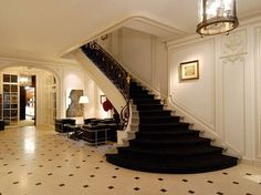 hollywood glam-staircase