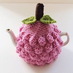 Pinkberry Tea Cosy in Pure Wool Size SMALL by taffertydesigns