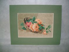 This beautiful set 2 tapestries are working in little point with threat of cotton on canvas. The tapestries are mounted a frame color olive. Sizes: 12,5 cm/8,5 cm=106,25 cm square, 21 colors ( in every cm square are 100 point).The sizes are whitout frame. The tapestrie is a work of art and decore any room.It is a long term investment. I accept Paypal,transfer bank. I send the package ,by airplane with Thracking Number, immediately after your order is confirmed. transport takes 1-2 weeks. I…