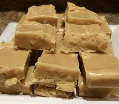 Easy Brown Sugar Microwave Fudge – Weekend at Birney's This has been my go to recipe for many occasions- it only has a few ingredients and can be made last minute. Since it is cooked it the microwave it allows you to multi task while making it. I kno… Candy Recipes, Sweet Recipes, Baking Recipes, Dessert Recipes, Vegan Recipes, Vanilla Fudge, Homemade Fudge, Homemade Chocolate, Chocolate Fudge