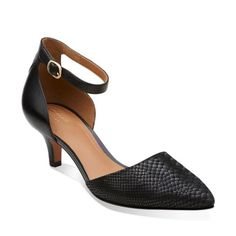 67a3284f375 22 Best Shoooes images in 2015   Shoes, Clarks, Women