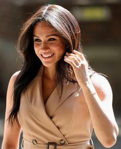 """Mad About Meghan: The Duchess of Sussex Praises """"Universality"""" Of Commonwealth in Johannesburg Sussex, Meghan Markle Style, Prince Harry And Meghan, Celebs, Celebrities, Royal Fashion, Duke And Duchess, British Royals, London Fashion"""