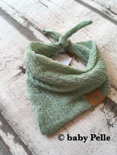 Halstücher - Baby Halstuch Musselin Baumwolle  Mintgrün 0-3 Mon - ein Designerstück von babyPelle bei DaWanda