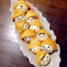 ハロウィンいなり寿司 Bento Recipes, Baby Food Recipes, Halloween Cookies, Halloween Treats, Bento Box, Lunch Box, Halloween Table Decorations, Kids Menu, Diy Pumpkin
