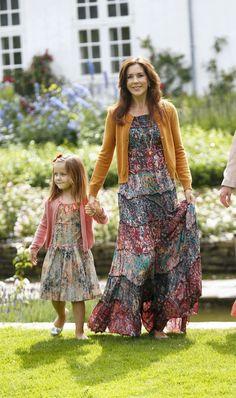 Princess Mary and Princess Isabella at Grasten photo call. I LOVE this dress!!!