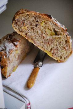 Pan de manzana y nueces. — Chez Silvia Biscuits, Cocina Natural, Pan Dulce, Our Daily Bread, Pan Bread, Organic Recipes, Banana Bread, Delicious Desserts, Gastronomia