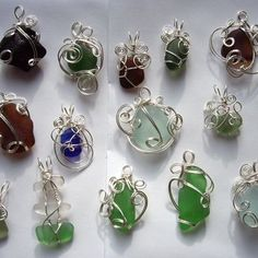 Wire wrapped beach glass tutorial. I tried this and it turned out beautifully, and not hard to do once you get the hang of making smooth coils and loops.