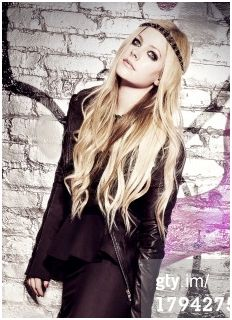 Avril Lavigne Vanity Fair Photoshoot