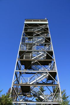 Parry Sound Fire Tower at the West Parry Sound District Museum. Never been so scared as I was coming down this as it was moving in the wind and you could see through the floor. Lookout Tower, Algonquin Park, Fun Places To Go, Archipelago, Landscape Photos, Georgian, Ontario, Stuff To Do, Tourism