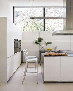 Contemporary Clean-Line Abodes : Casa Bauza