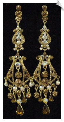 Clip On Earrings - Big & Bold Vintage Style Chandelier Clip On Earrings $48 @ www.whimzgirlclipearrings.com