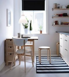 Ikea kitchens for small spaces small kitchen design white cabinets Kitchen Tables Ikea, Kitchen Table Small Space, Eat In Kitchen Table, Kitchen Sets, Kitchen Chairs, Kitchen Small, Ikea Table, Small Kitchens, Ikea Dining