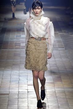 Lanvin Fall 2013 – Vogue