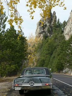 1965 Chrysler Imperial. Gimme! I really love this car. Our next-door neighbors had one for years and I always thought it was beautiful, even as a young girl.