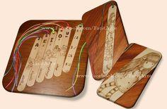 Marcadores de livros em madeira pirogravada, com motivos infantis. www.Facebook.com/FatitArte