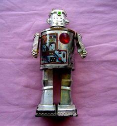 ROBOT BATTERY OPERATED DURHAM INDUSTRIES 2500 VINTAGE ORIGINAL TIN ROBOT (RARE) #DURHAMINDUSTRIES