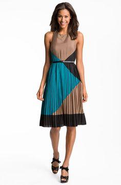 Vince Camuto Colorblock Pleated Crêpe de Chine Halter Dress