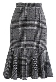 Show Your Curve Flare Hem Knit Skirt in Blue - Skirt - BOTTOMS - Retro, Indie and Unique Fashion skirt skirt skirt skirt outfit skirt for teens midi skirt Unique Fashion, Modest Fashion, Fashion Dresses, Indie Fashion, Fashion Fashion, Retro Fashion, High Street Fashion, Tweed Skirt, Knit Skirt