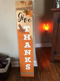 fall decor ideas for the porch 31 Inspiring Fall Pallet Signs Design Ideas For Your Home Decor Fall Pallet Signs, Fall Wood Signs, Diy Wood Signs, Fall Signs, Holiday Signs, Halloween Pallet Signs, Painted Pallet Signs, Pallet Board Signs, Christmas Pallet Signs